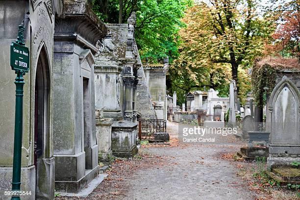 Père-Lachaise cemetery path, Paris (France).