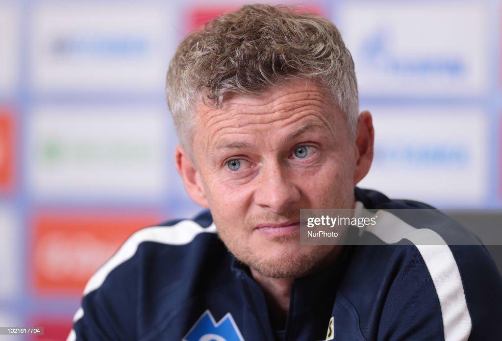 Pre-match press-conference head coach of FC Molde Ole Gunnar Solskjor : News Photo