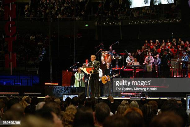 NSW Premier Bob Carr delivers an address at the opening ceremony for the annual Hillsong convention held at the Sydney Superdome at Homebush Bay 4...