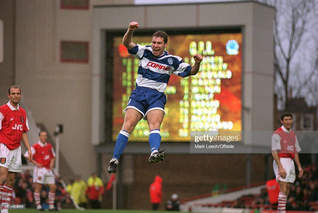 Arsenal FC V QPR Premier League Football 1994 : News Photo