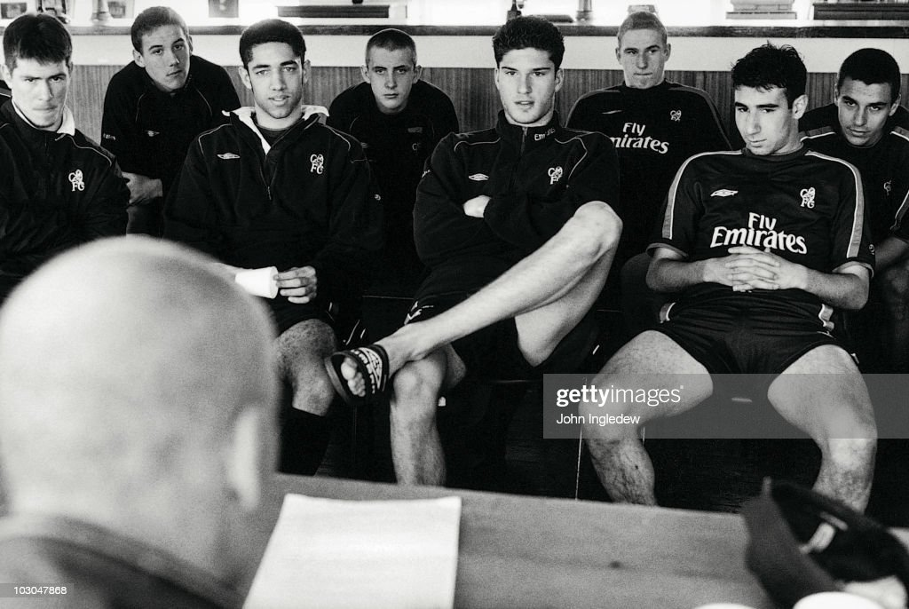 Premier League referee Dermot Gallagher lectures the Chelsea youth team on the rules of football during the 2002/03 season at Harlington in London, England.