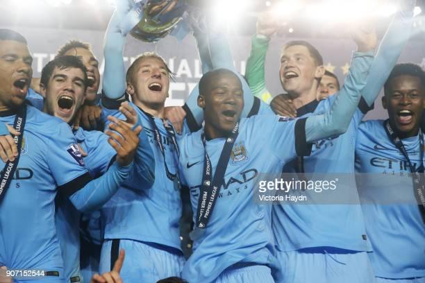 Premier League U21 International Cup Final Manchester City v Porto City Football Academy Manchester City's squad cuplift
