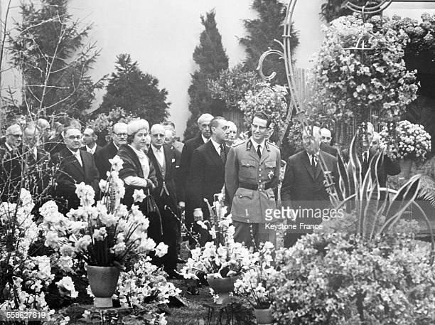 Premier sortie officielle du Roi Baudouin depuis sa longue maladie aux 25eme Floralies le 26 avril 1965 a Gand Belgique