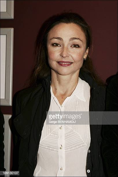 Premiere Of Les Soeurs Fachees Directed By Alexandra Leclere On December 14 2004 In Paris France Catherine Frot
