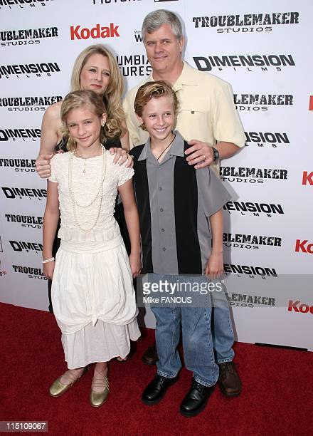 Premiere of 'The Adventures of SharkBoy and LavaGirl' in Hollywood Los Angeles United States on June 04 2005 Jenna and Cayden Boyd with their parents...