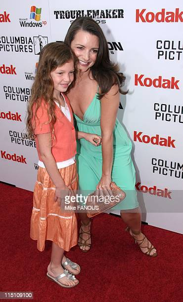 Premiere of 'The Adventures of SharkBoy and LavaGirl' in Hollywood Los Angeles United States on June 04 2005 Kristin Davis with daughter at the...