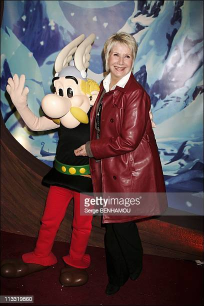 Premiere Of The Film 'Asterix Et Les Vikings' At The Cinema Rex In Paris On March 31St 2006 In Paris France Here Daniele Gilbert