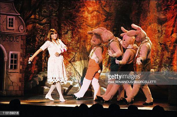 Premiere of the show at Chantal Goya in Bataclan in Paris France on December 18 1999