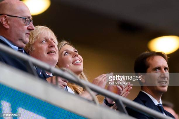Premierminister Boris Johnson and Ehefrau Caroline Louise Bevan Johnson look on prior to the UEFA Euro 2020 Championship Semi-final match between...
