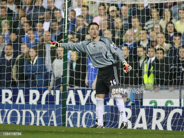Premiership Football - Reading v Chelsea, Chelsea defender John Terry takes over goalkeeping duties after Carlo Cudicini and Petr Che is injured.