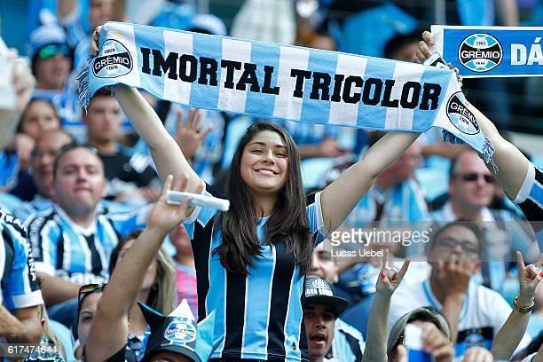 Premio fans before the match Gremio v Internacional as part of Brasileirao  Series A 2016 at 3377353053632