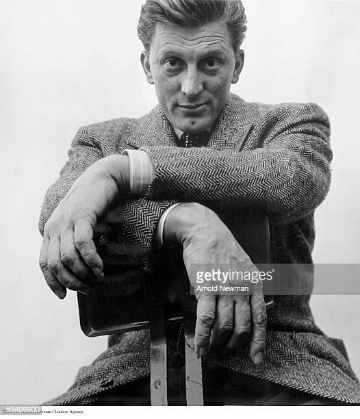 Premium Rates Apply Minimum rate $500 USD 369599 01 Portrait of actor Kirk Douglas April 5 1949 in New York City
