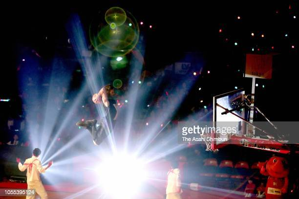 Pre-opening show prior to the B.League B1 match between Chiba Jets and Kawasaki Brave Thunders at Funabashi Arena on October 04, 2018 in Funabashi,...