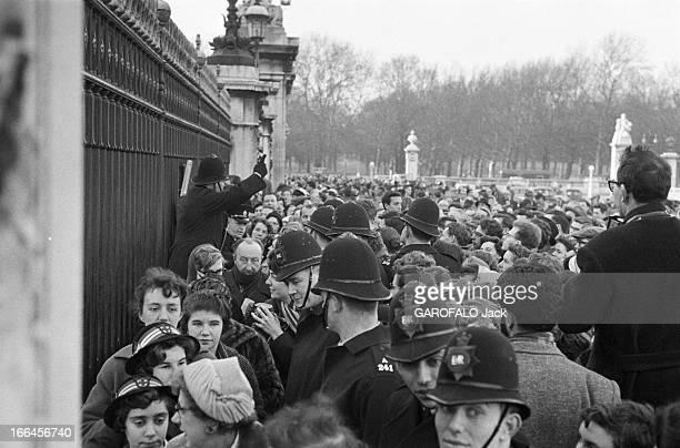 Preparation And Delivery Of Queen Elizabeth Of England. Londres- 19 février 1960- La naissance du prince Andrew, troisième enfant de la Reine...