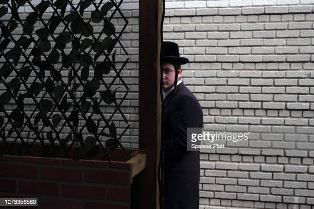 Preparations are made for an evening meal at Masbia, a nonprofit soup kitchen and food pantry in a Hasidic neighborhood in Brooklyn as the community...