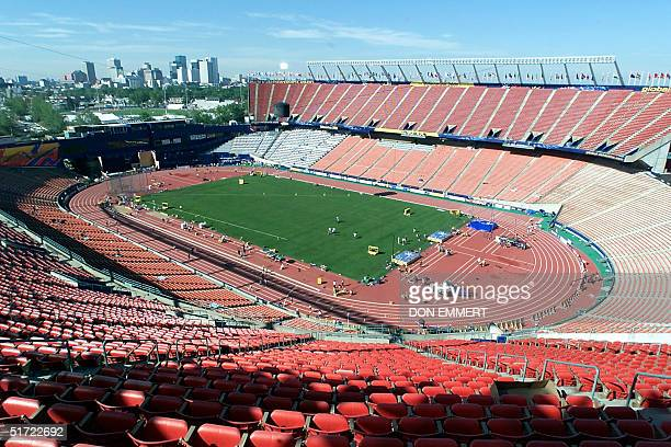 Preparations continue 01 August 2001 in Commonwealth Stadium the site of the 8th World Championships in Athletics with downtown Edmonton Canada in...
