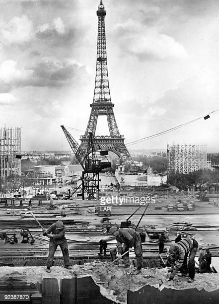 Preparations for the 1937 World Fair in Paris