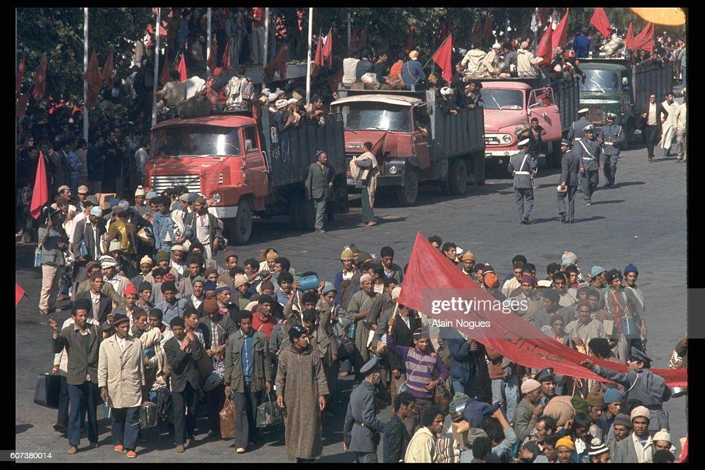 MOROCCO: GREEN MARCH TO THE SPANISH SAHARA : Nachrichtenfoto