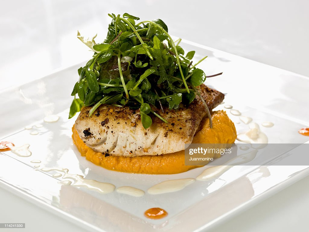 Prepared mahi-mahi (merluza) : Stock Photo