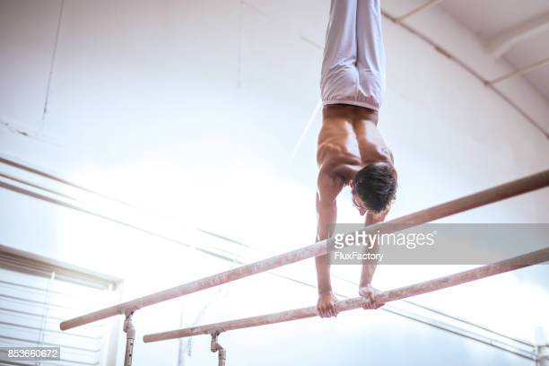preparing for championship - artistic gymnastics stock pictures, royalty-free photos & images
