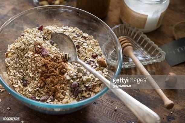Preparing homemade granola