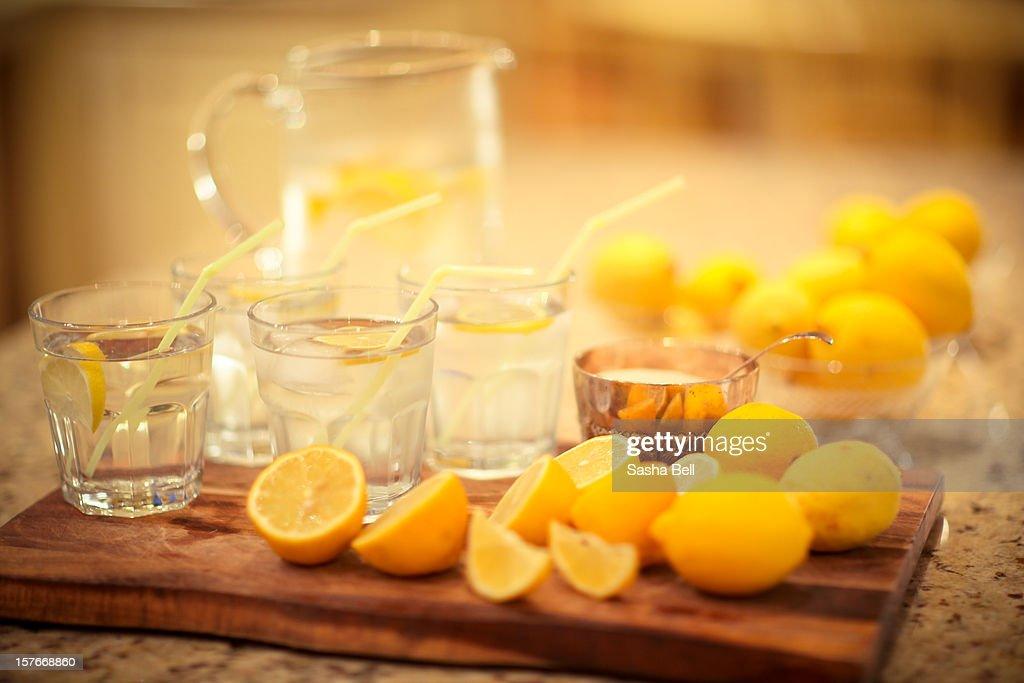 Preparing Homemade lemonade : Stock Photo