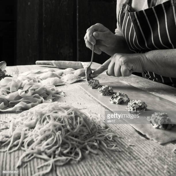 Prepara las pastas caseras