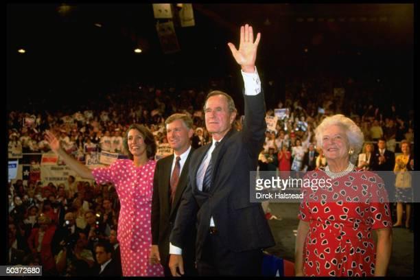 Pres George Barbara Bush VP Dan Marilyn Quayle waving to delegates on floor of Republican Natl Convention rally in Astrodome
