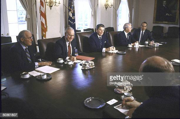 Pres Ronald W Reagan meeting with Rep Robert H Michel House Speaker James C Wright Jr Sen Robert C Byrd and Sen Robert J Dole and other Congressional...