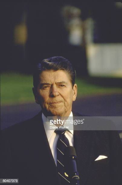 Pres Ronald W Reagan speaking at White House before leaving to visit his wife Nancy at Bethesda Hospital during her mastectomy