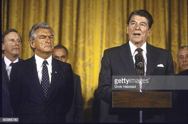 US Pres Ronald W Reagan with Australian PM Robert J L Hawke and WH Chief of Staff Donald T Regan