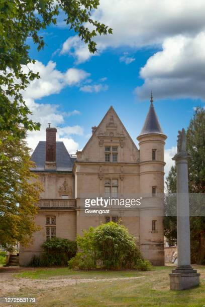 presbytery in l'isle-adam - gwengoat stock pictures, royalty-free photos & images