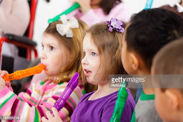 保育園お子様には、一流の音楽