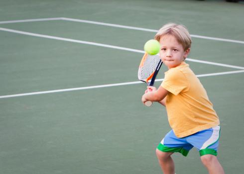 Pre-school Tennis Player 182145935