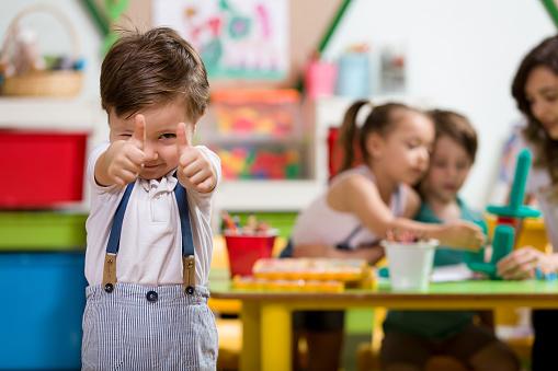 Preschooler 998509626