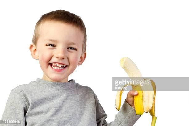 Niño pre-escolar con Banana