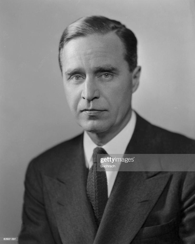Portrait of Prescott Sheldon Bush : News Photo