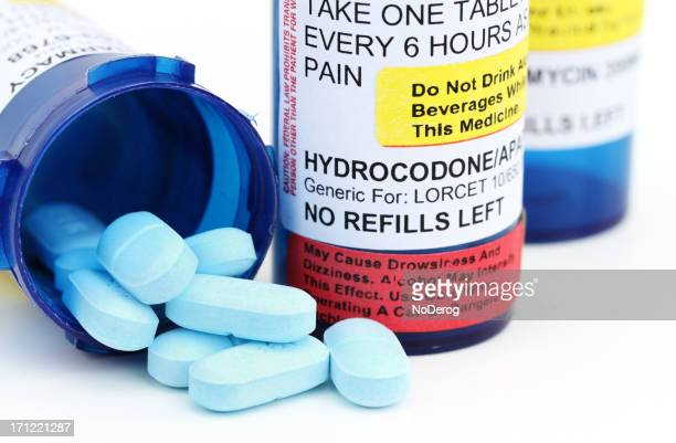 prescription pain relief medicine - hydrocodone stock pictures, royalty-free photos & images