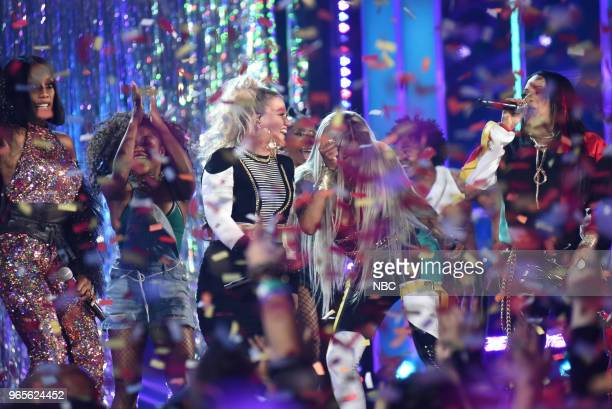 AWARDS Presentation 2018 BBMA's at the MGM Grand Las Vegas Nevada Pictured SaltNPepa Kelly Clarkson and En Vogue