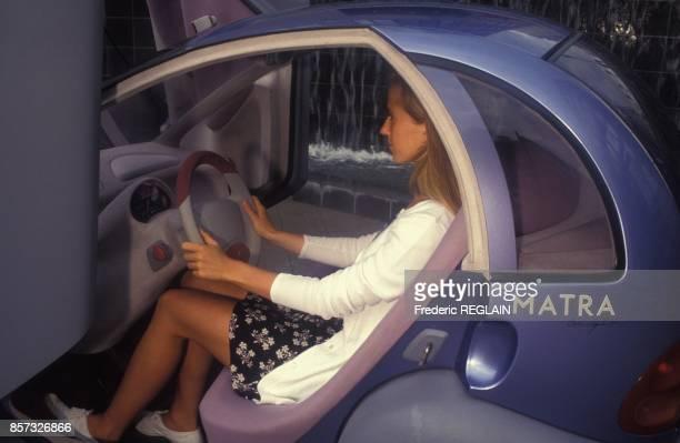 Presentation de la voiture electrique Renault Matra Zoom le 27 aout 1992 en France