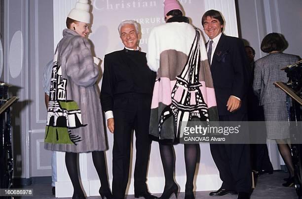Presentation Of Fur At Christian Dior Paris Octobre 1988 Présentation des fourrures chez Christian DIOR Frédéric CASTET avec ses mannequins et Serge...