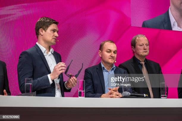 Presentation of Smart Glasses by Telekom Zeiss The Mobile World Congress held in Barcelona Spain since 2006 and will be held until the year 2023 It...