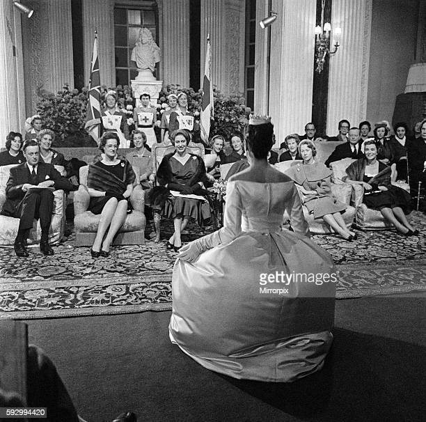 Presentation of the House of Dior's Paris winter collection at Blenheim Palace in the presence of HRH Princess Margaret 12th November 1958