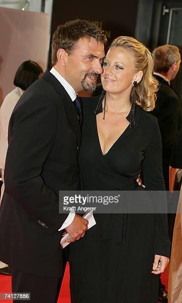 Presenter Barbara Schoeneberger and friend Mathias Krahl attend the Henri Nannen Awards at the Deutsche Schauspielhaus on May 11 2007 in Hamburg...