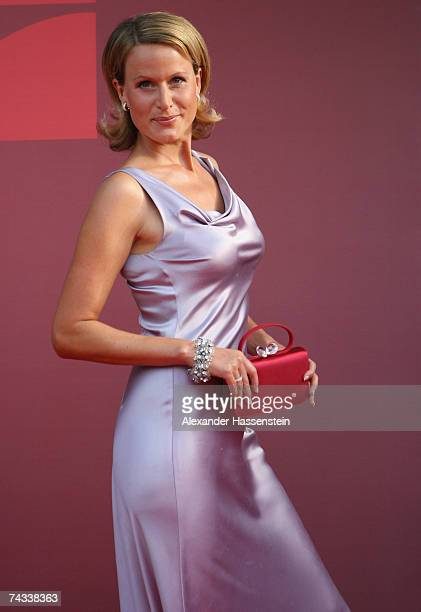 TV presenter Claudia von Brauchitsch arrives for the 'Blaue Panther' Bavarian Television Award 2007 Ceremony at the Prinzregenten Theater on May 25...
