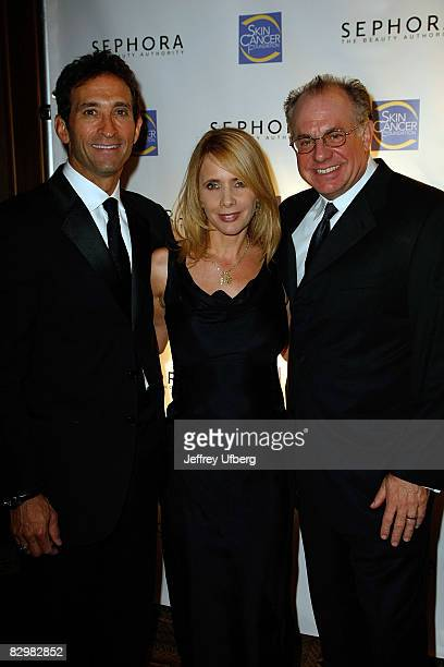 Presenter Dr Jonathan Levine actress and host Rosanna Arquette and Sephora honoree David Suliteanu attend the 2008 Skin Cancer Foundation Skin Sense...