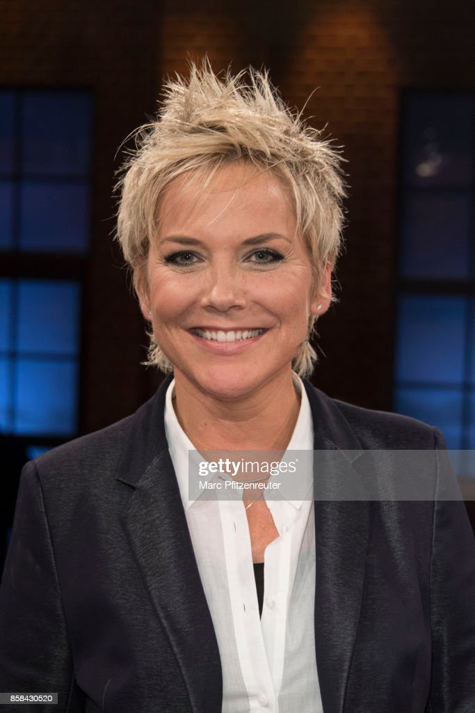 Presenter Inka Bause attends the 'Koelner Treff' TV Show at the WDR Studio on October 6, 2017 in Cologne, Germany.