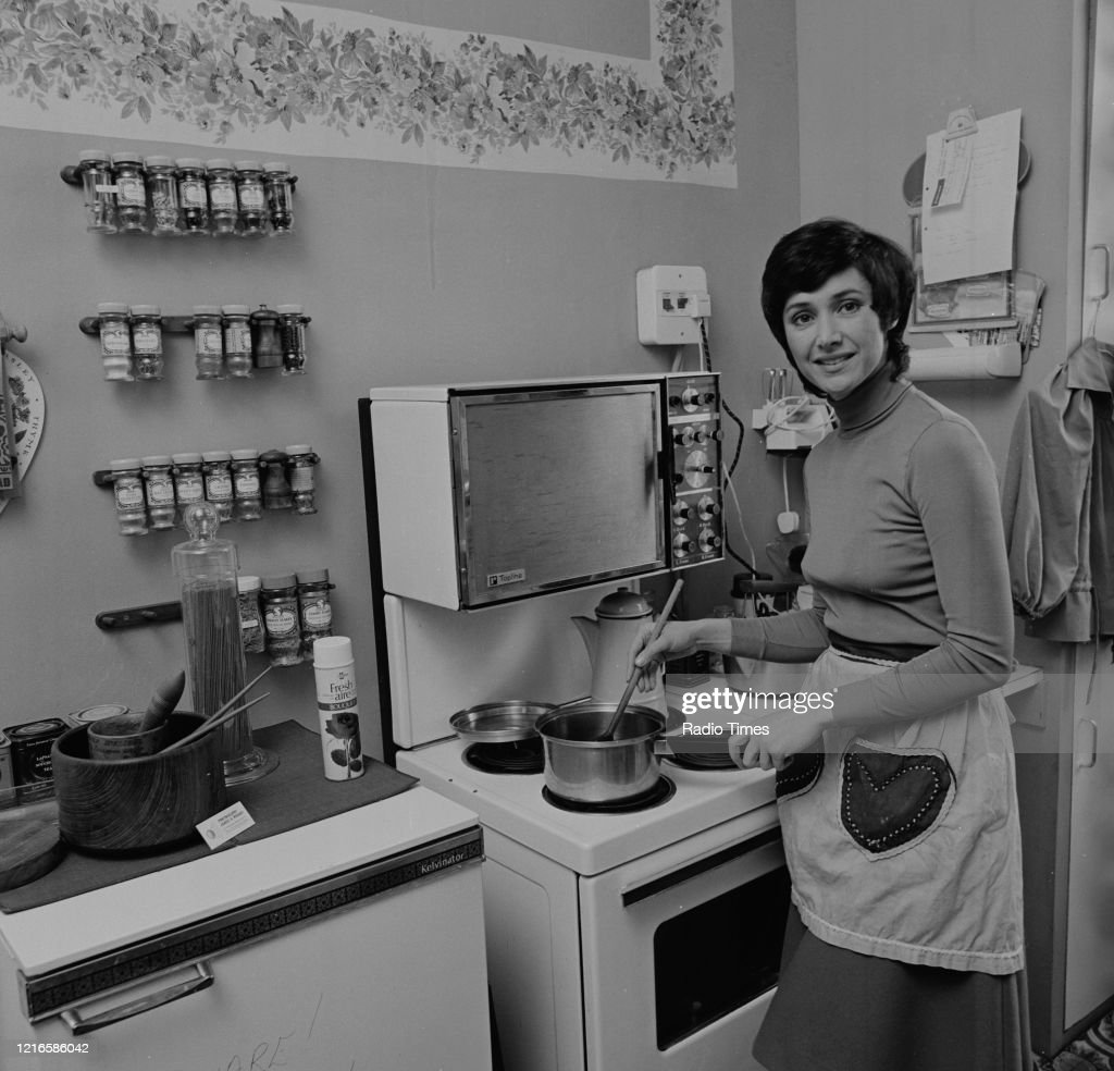 Presenter Jan Leeming Shopping For The Bbc Radio 4 Series The Food News Photo Getty Images
