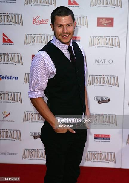 "Presenter Jason Dundas arrives for the world premiere of ""Australia"" at the George Street Greater Union Cinemas on November 18, 2008 in Sydney,..."