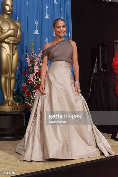 Presenter Jennifer Lopez backstage at the 73rd Annual Academy Awards at the Shrine Auditorium in Los Angeles Sunday March 25 2001 Photo by Kevin...